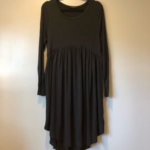 Soft and Stretchy Dress with POCKETS!